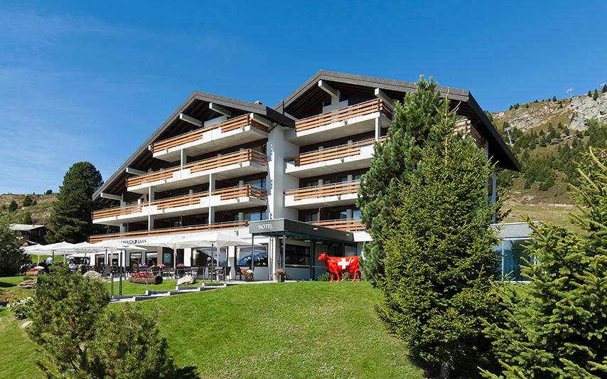 Gewinnen Sie zwei Nächte für zwei Erwachsene und zwei Kinder im Golfhotel Reiderhof im Wert von 980 Franken.